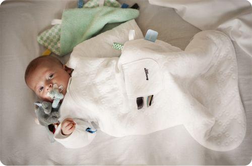 Snoozebaby Schlafsack mit Ärmel, 3-9 weiss