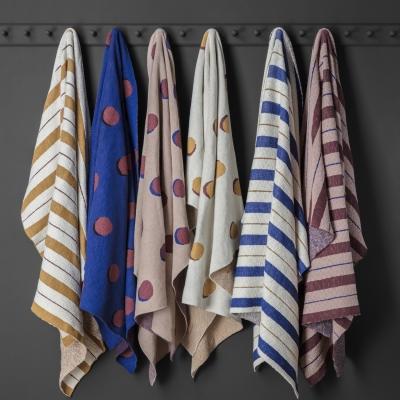 Ferm Living Pinstripe Decke - Senf