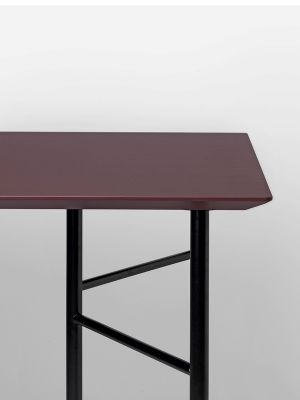 Ferm Living Tisch in Bordeaux, 160 cm (div. Beinfarben)