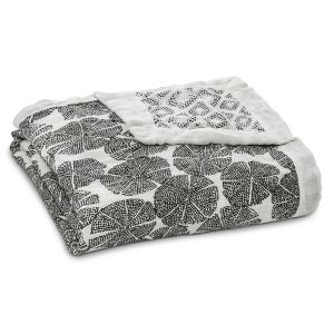 Aden Anais Kuscheldecke Silky Soft Dream Blanket - In Motion
